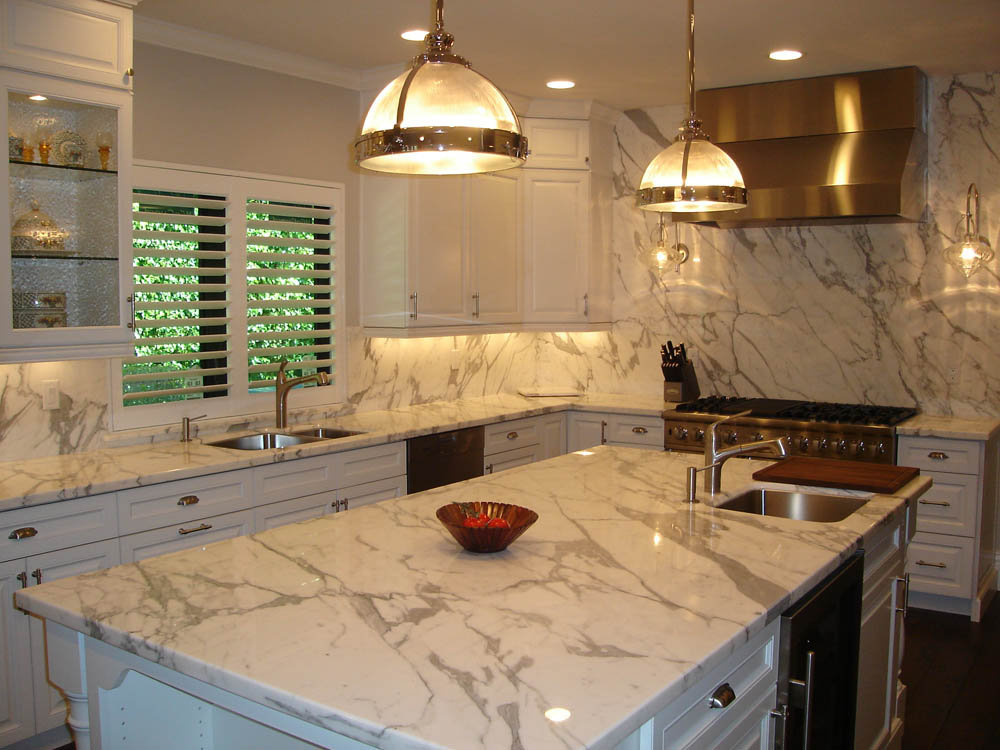 Transitional kitchen design bath kitchen creations for Kitchen creations